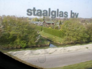 /photos/020412_staalglas.jpg